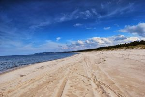 beach-647938_1920 (Copy)
