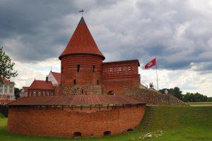 castle-kaunas-2438778_1280 (Copy)