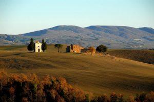 tuscany-4177840_1920 (Copy)